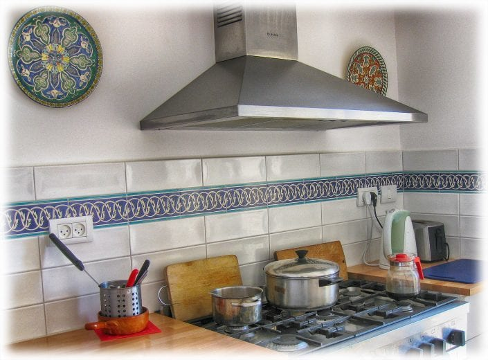 kitchen backsplash tile border